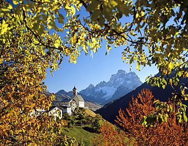 St. Lucia, Monte Pelmo, Dolomites, Veneto, Italy, Europe