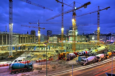 "Construction site of the giant shopping Mall ""Limbecker Platz"" by German Karstadt, Essen, North Rhine-Westphalia, Germany"