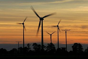 Wind turbines, wind power stations near Soest, North Rhine-Westphalia, Germany