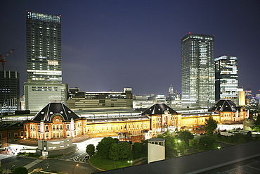 Tokyo Station area with its many new office buildings, hotels, shopping malls and restaurants, Tokyo, Japan, Asia