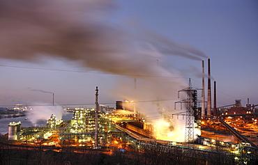 View from Mt. Alsum: the ThyssenKrupp Steelworks Hamborn, Schwelgern, Duisburg, North Rhine-Westphalia, Germany, Europe