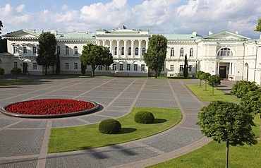 Presidential Palace in the historic city centre of Vilnius, Lithuania, Baltic States, Northeastern Europe