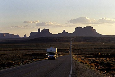 USA, United States of America, Arizona: Country road in the Monument Valley.Traveliing in a Motorhome, RV, through the west of the US.