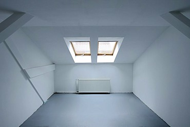Empty room, penthouse