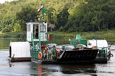 Oder ferry, motorised paddlesteamer, border crossing to Poland, Guestebiese, Gozdowice, Neulewin, Oderbruch region, Maerkisch-Oderland district, Brandenburg, Germany, Europe