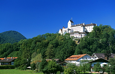 Hohenaschau Castle, Aschau, Priental Valley, Chiemgau, Bavaria, Germany, Europe