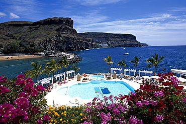 Swimming pool, Club de Mar Hotel, Puerto de Mogan, Gran Canaria, Canary Islands, Spain, Europe