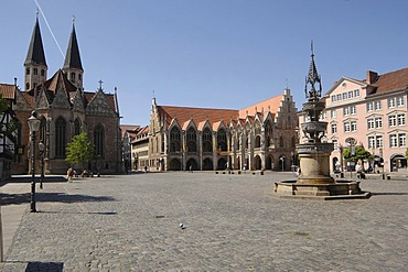 Old town market with Matini church and old city hall, Braunschweig, Lower Saxony, Germany