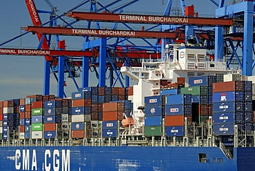 Container ship beeing loaded at container terminal Burchardkai at Hamburg Harbour, Hamburg, Germany