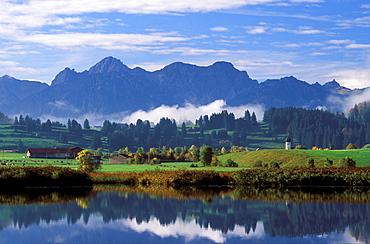 Huttlerweiher Pond, Rosshaupten, East Allgaeu, Bavaria, Germany, Europe