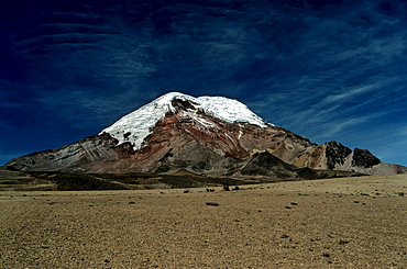 Volcano Chimborazo, with 6310 meters the highest mountain in Ecuador, South America