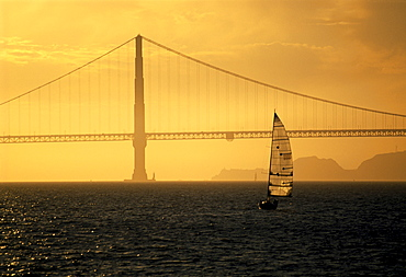 Golden Gate Bridge, California, USA