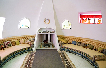 Sala Oval, Oval Room, relaxation room of Gala in the house of surrealist painter Salvador Dali and his wife Gala in Port Lligat, Girona Province, Spain