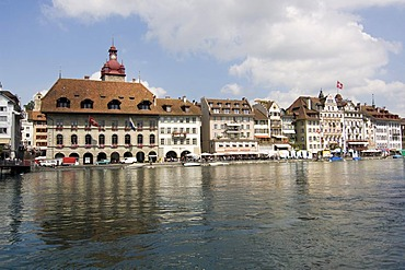 Panoramic view of the old town of Lucerne with the Lake of Lucerne, canton Lucerne, Switzerland