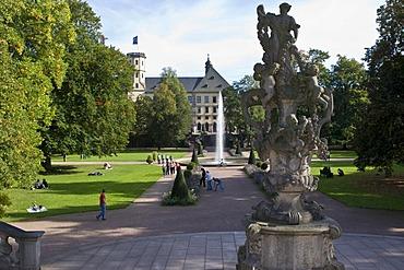 Town castle, residency of the prince-bishops of Fulda with gardens, Fulda, Hesse, Germany