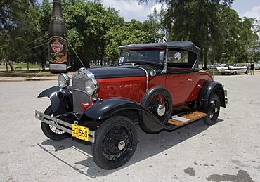 Vintage car, Havana, Cuba, Caribbean