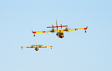 Fire-fighting plane Securite Civile Lac de St. Croix Provence France
