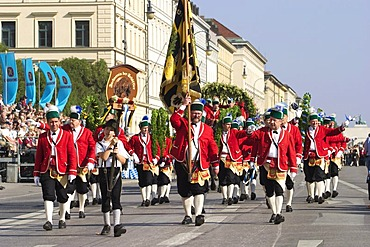 The grand procession of regional costumes to the Oktoberfest in Munich - coopers