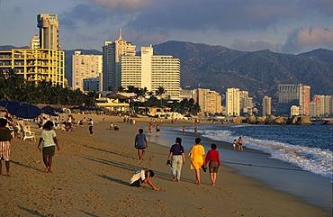 Mexico Guerrero Acapulco Playa Condesa