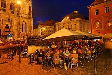 Krauterermarkt at cathedral, Regensburg, Upper Palatinate, Bavaria, Germany