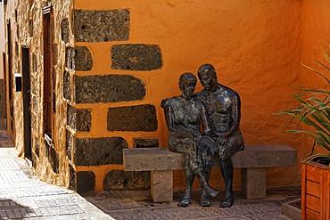 Bronze statue Aspectos del Amor, Agueimes, Aguimes, Gran Canaria, Spain