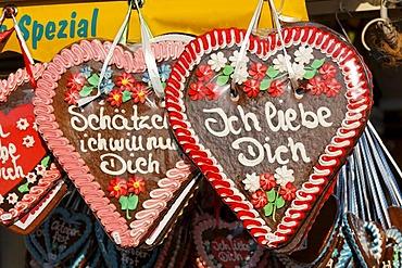 Gingerbread hearts, Oktoberfest, Munich beer festival, Bavaria, Germany