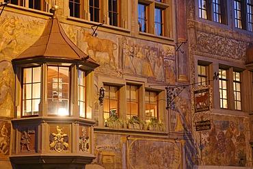 """The veneer of the historic restaurant """"Roter Ochsen"""" in the old center of Stein am Rhein, Schaffhausen, Switzerland"""