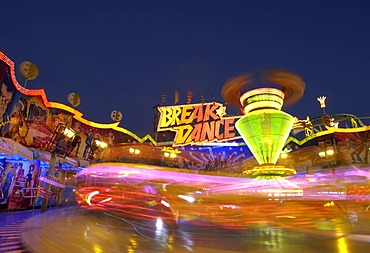 Breakdance fairground ride