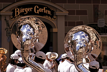 Brass band performing outside of a pub in Bad Toelz, Upper Bavaria, Bavaria, Germany, Europe