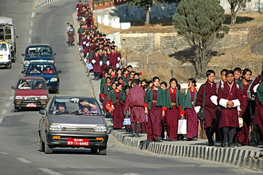 Bhutan, Kingdom, Himalaya, capital Thimphu, pupils leaving school