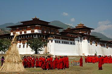Celebration at Punakha Dzong (Pungthang Dechen Dzong), Bhutan, Himalaya