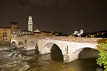 Ponte di Pietra or Ponte Pietra, the Stone Bridge, Adige River, Historic centre of Verona, Italy, Europe