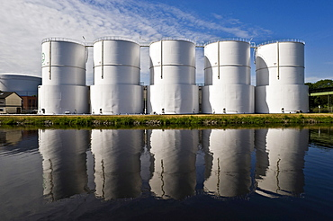 Storage tanks of the Company Unitank for fuel oil and diesel fuel, Berlin, Germany, Europe