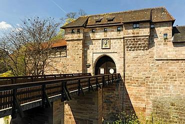 Bridge, gateway, Waffenhof and Handwerkerhof courtyard, historic city centre, Nuremberg, Middle Franconia, Bavaria, Germany, Europe
