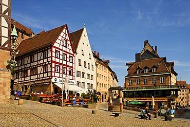 By the Tiegaertnertor Tower, fountain, restaurants, historic city centre, Nuremberg, Middle Franconia, Bavaria, Germany, Europe
