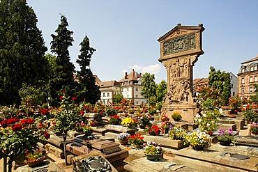 Graves in the Johannis graveyard, St. Johannis area, Nuremberg, Middle Franconia, Bavaria, Germany, Europe
