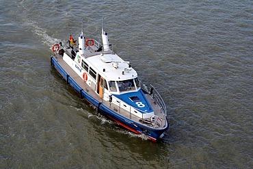 Polizeiboot, Streifenboot der Wasserschutzpolizei, Binnenhafen Duisburg