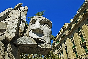Memorial to the native people, Plaza de Armas Square, Santiago de Chile, Chile, South Amerika