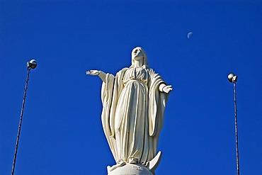 Statue of the Virgen de la Immaculada Concepcion, Virgin Mary, on the hill Cerro San Cristobal, Santiago de Chile, Chile, South Amerika