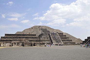 Pyramid of the Moon, Plaza de la Luna, Teotihuacan, Mexico, North America