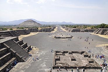 Pyramid of the Sun, Plaza de la Luna, Calzada de los Muertos, Avenue of the Dead, Teotihuacan, Mexico, North America