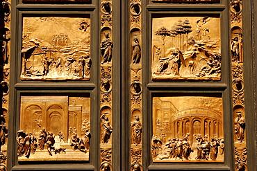 Door made of bronze, baptistery San Giovanni, Florence, Tuscany, Italy