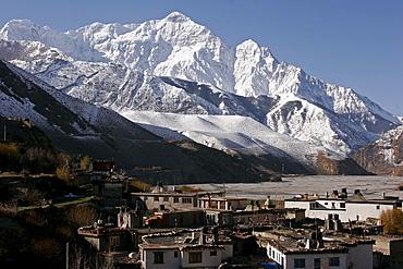 Kagbeni, a small mountain village along the popular Jomsom Trail, Kagbeni, Nepal, Asia