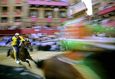 Historic Palio horse race, Piazza Il Campo, Sienna, Tuscany, Italy, Europe