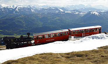 The Schafbergbahn, cog railway on the Schafberg mountain, Salzburg, Austria, Europe