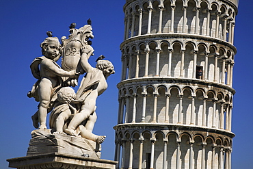 Leaning tower, Pisa, Tuscany, Italy