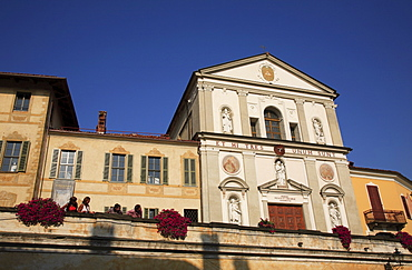 Church in Bra, Piedmont, Italy, Europe