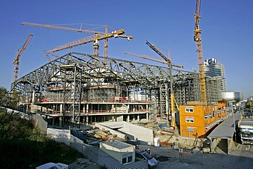 Munich, GER, 18. Oct. 2005 - Construction works at BMW World in Munich.