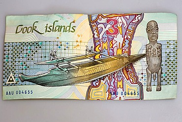 3 dollar bank-note of the Cook Islands