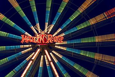 Ferris wheel Moulin Rouge, long exposure, Schuetzenfest festival in Biberach a.d. Riss, Upper Swabia, Baden-Wuerttemberg, Germany, Europe